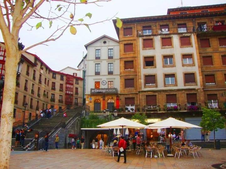 plaza-unamuno-bilbao-old-town